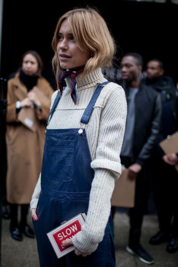 Идея для шоппинга: свитер с высоким воротом 0