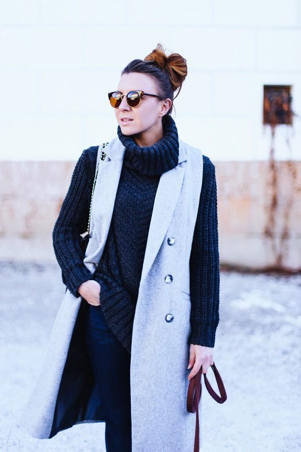 Идея для шоппинга: свитер с высоким воротом 13