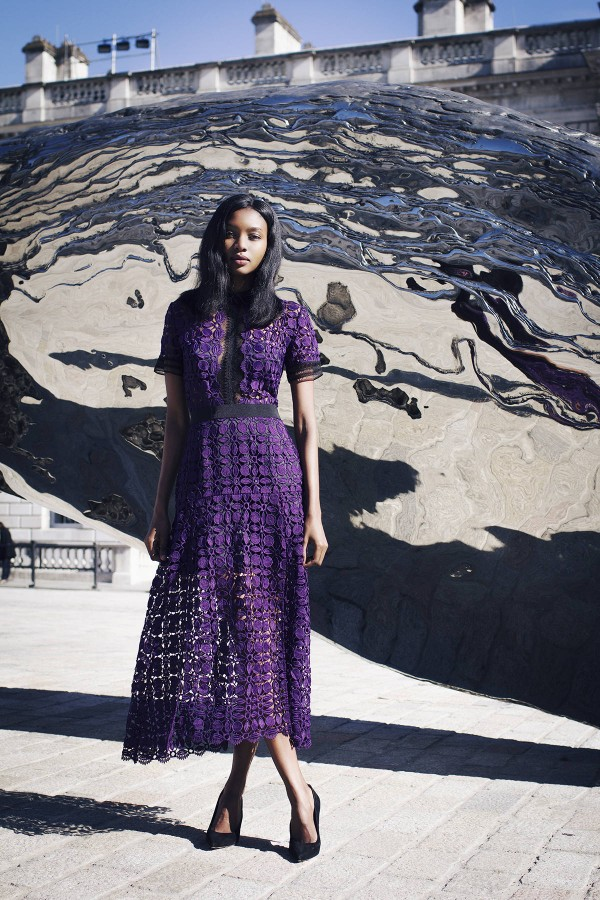 Идея для праздника: модные платья-миди 9