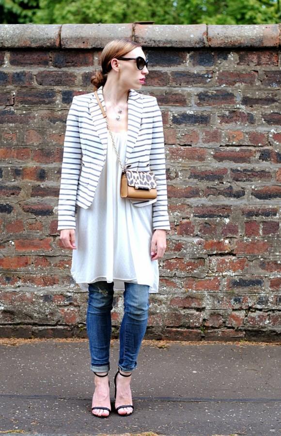 Оригинальное решение: платье с джинсами 6