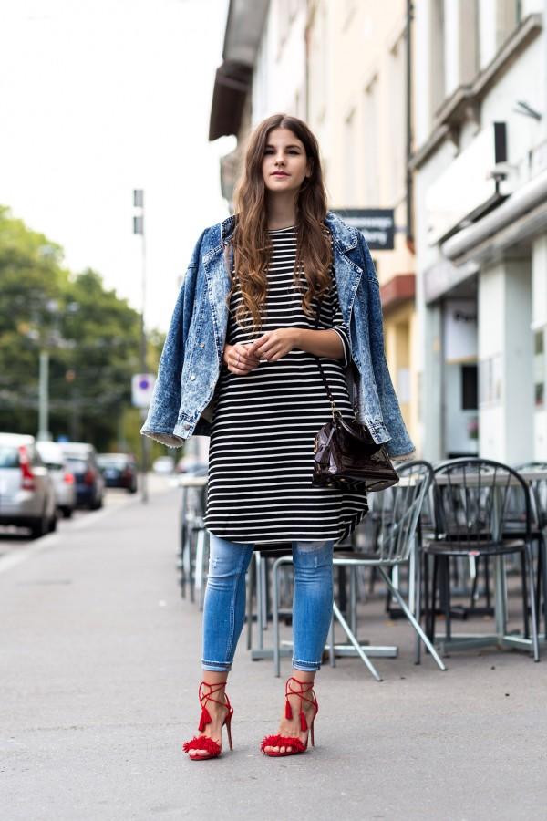 Оригинальное решение: платье с джинсами 9