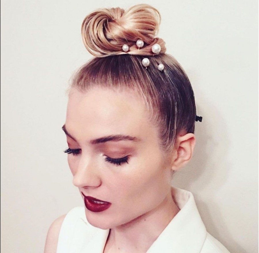 Причёска на последний звонок 2017
