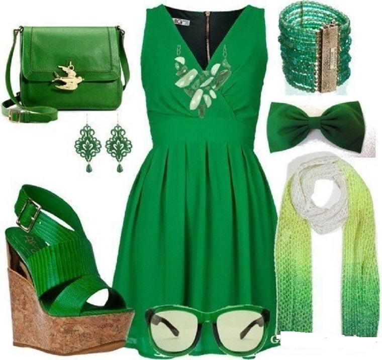 С чем одеть зеленый комбинезон