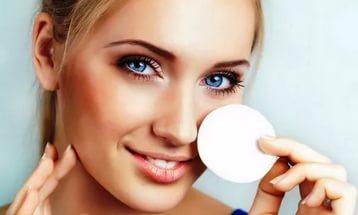 Как и чем снимать макияж? 0