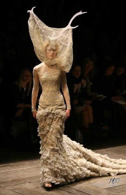 alexander mcqueen paper Essay on alexander mcqueen essay on alexander mcqueen born in london in 1969, leaving school at 16, alexander mcqueen stepped into the world of fashion.