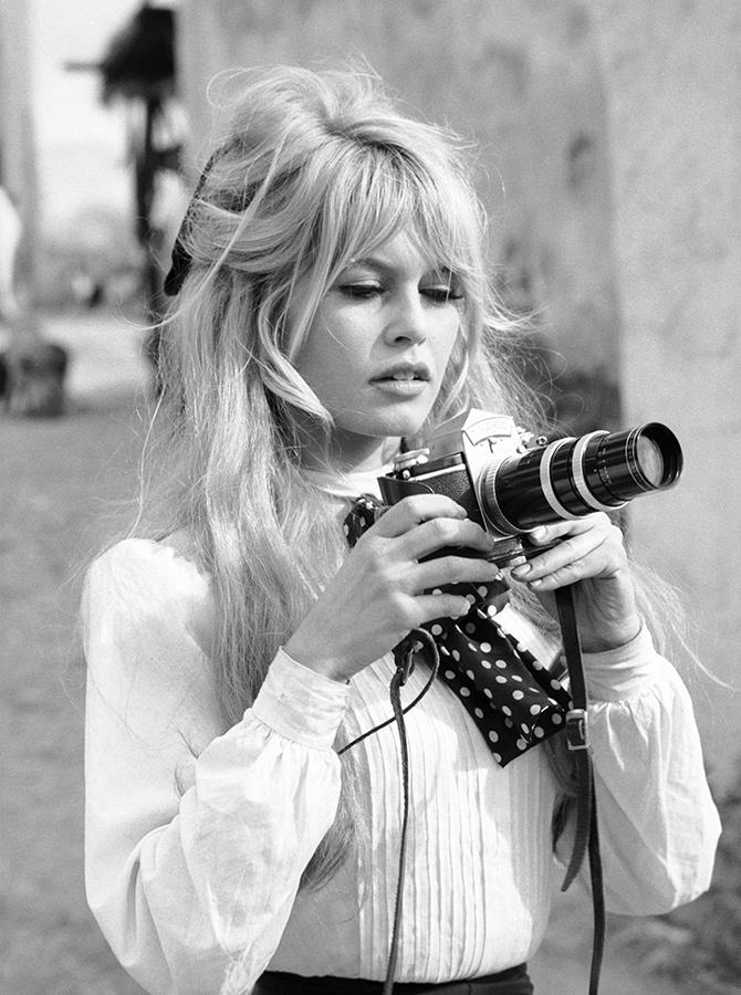 черно-белые картинки девушек блондинок - 11