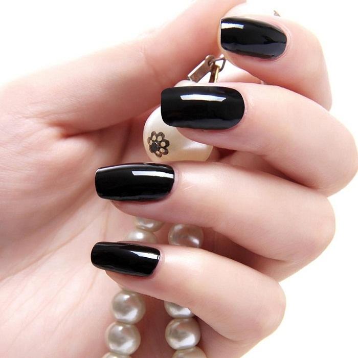было накладные ногти черного цвета фото распознавании значение