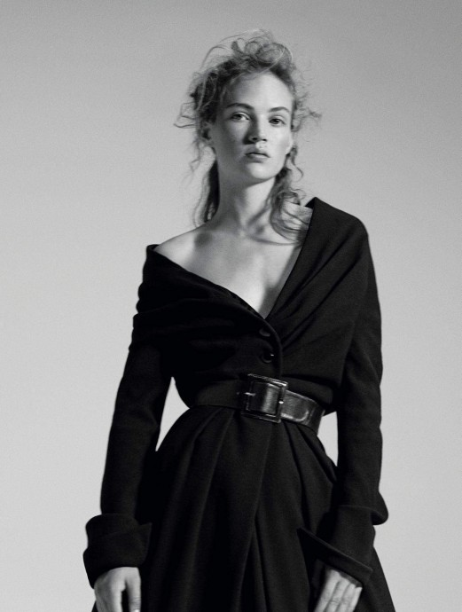 Adrienne Juliger for L'Express Styles by Van Mossevelde+N