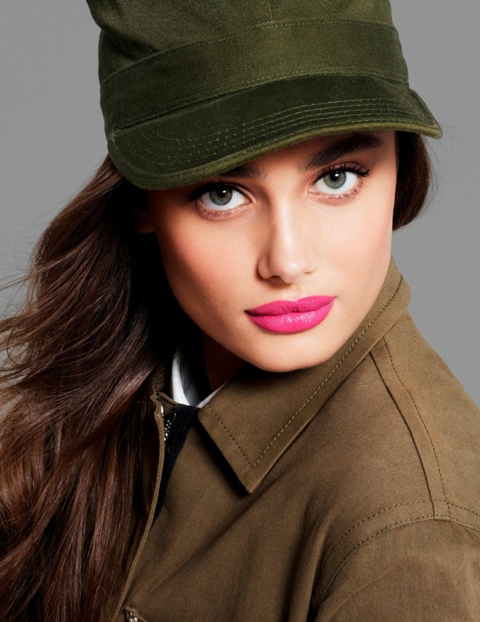 Taylor Hill for Vogue Mexico & Latin America by Phil Poynter