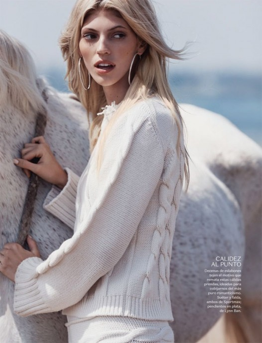 Devon Windsor for Vogue Mexico by Dean Isidro